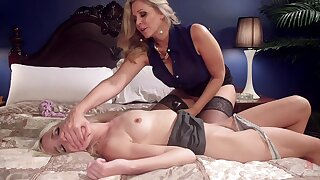 Mature wants step daughter's pussy for a few spins