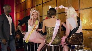 Massive orgy upon Lucia Love, Carly Rae, Ella Hughes plus Suzi Rainbow