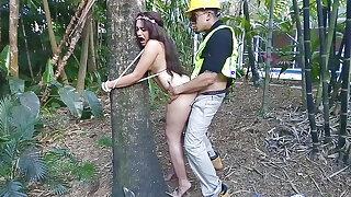 Ireful lumberjack smash taut coochie of youthful woman