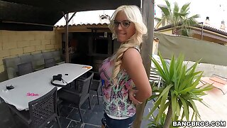 Provocative amateur Blondie Fesser takes off her shorts for a quickie