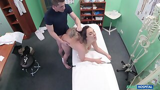 Bitch wants the doctor's soaked dick to plunge into her cunt