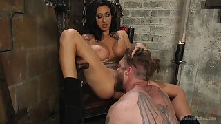 Mistress Lily Lane loves to torture and penetrated her male slave