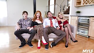 Foursome XXX exaggeration with  the Bundy Family